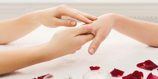 Handpflege Aiyasha